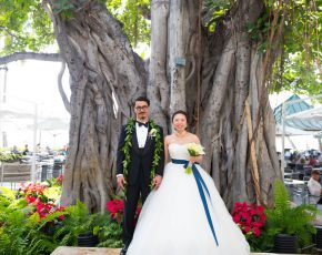 Kaneko Client:http://www.realweddings.jp Coordination:Maiko Flowers:Blue Blue Hair & Make up:http://hatsukoendo-hawaii.com Photos:Jayson Tanega  Date Shot:11/23/16 Artist:j@tanega.net Shutter Count:159824 Camera Serial No:6096242 Aperture:2.8 Shutter:1/400 Metering Mode:{metering mode} Firmware:Ver.1.10 Filename:D75_2931.NEF ISO:400 Focal Length:32 Lens Type:AF Zoom 24-70mm f/2.8G Lens Model:0 Camera Make:rNIKON CORPORATION Camera Model:NIKON D750